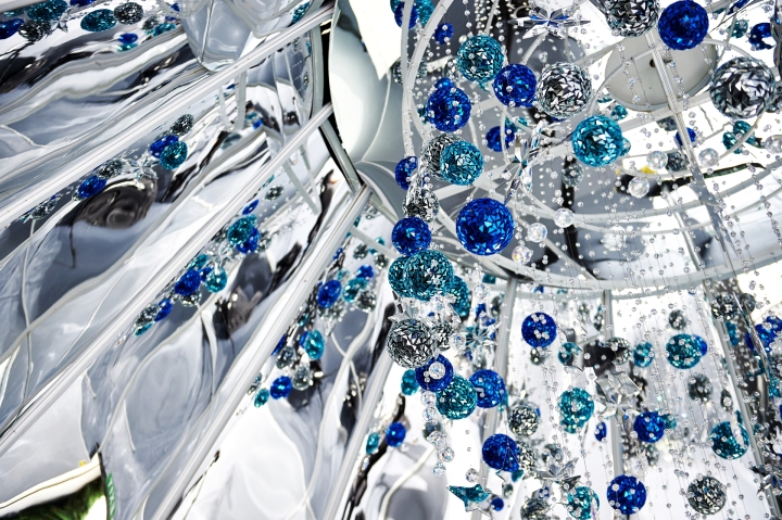 Interior of Swarovski's First Ever Outdoor Christmas Tree In Singapore